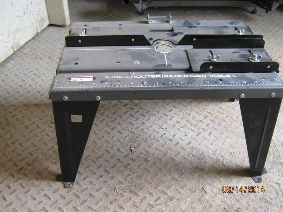 Vermont American Router Saber Saw Table Lot 7